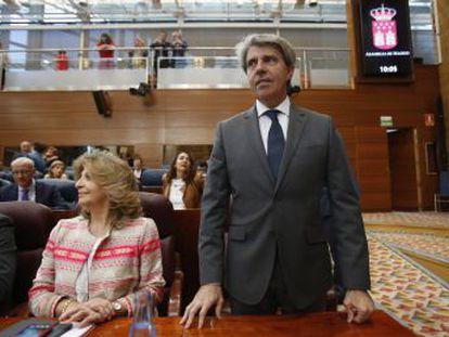 Obtiene 65 votos a favor y 64 en contra (PSOE y Podemos)