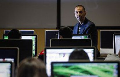 Josep Lluís Micó, especialista en les tecnologies aplicades a la informació.