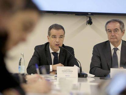 Los directivos del grupo de distribución Uvesco, José Ramón Fernández de Barrena y Eulogio Sánchez.