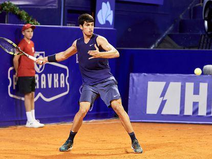 El tenista español Carlos Alcaraz durante el torneo de Umag