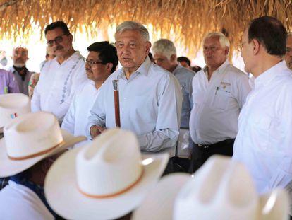 El presidente Andrés Manuel López Obrador, durante la petición de perdón a los pueblos yaquis, en Vícam (Sonora), este martes.