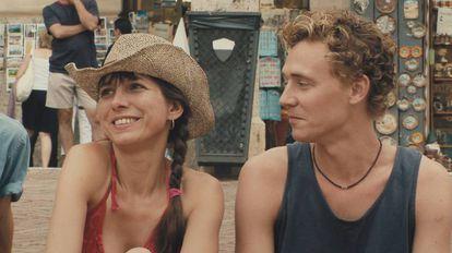 Kathryn Worth y Tom Hiddleston, en 'Unrelated'.