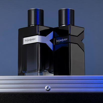 De líneas puras y diseño monolítico, la creadora Suzanne Dalton fue la encargada de capturar los perfumes de la línea. En Y Eau de Parfum juega con el degradado para representar el contraste de blancos y negros de la fragancia. A Y Le Parfum, lo vistió de un misterioso lacado. Porque nada sienta mejor que un traje negro.