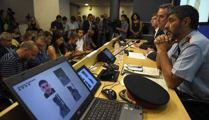 El 'major' de los Mossos d'Esquadra, en una rueda de prensa.