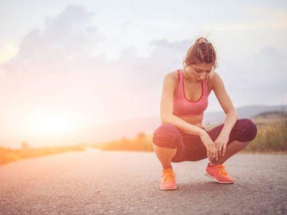 Así se entrenan los tobillos, las rodillas y muñecas para evitar el dolor (y prevenir lesiones)