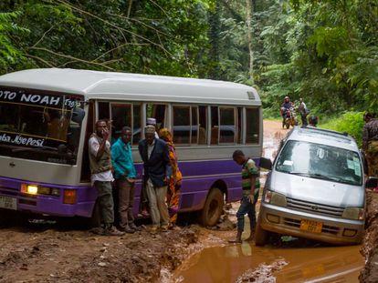 Accidente de tráfico en Amani, Tanzania.
