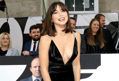 Ana de Armas posa para la prensa en el estreno mundial de 'Sin tiempo para morir', el pasado 28 de septiembre en el Royal Albert Hall de Londres.