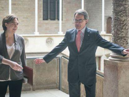 Encuentro entre Artur Mas y Ada Colau.
