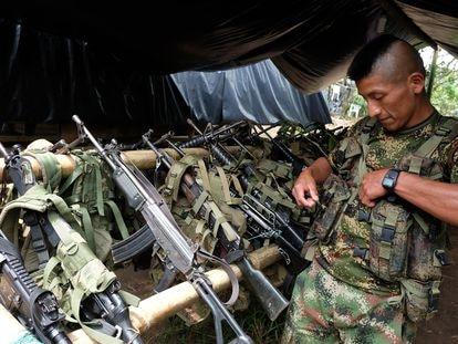Un miembro de las FARC en una imagen de 2016 en Miranda, Colombia.