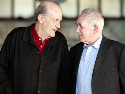 Javier Muguerza (a la izquierda) con el también filósofo Ernest Tugendhat, en 2005.