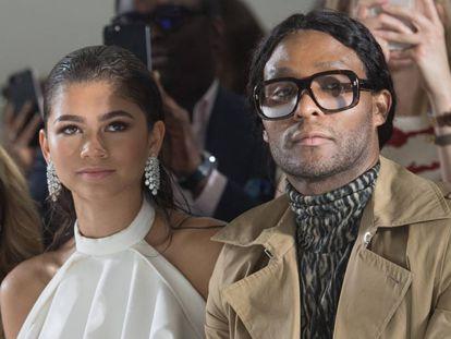 Zendaya y Law Roach, en el desfile de Ralph & Russo, en la semana de la moda de París.