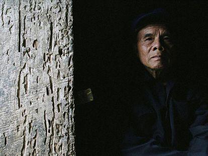 China ha crecido económicamente en las últimas décadas, pero mucha población no se ha beneficiado de ese progreso. En la imagen, un anciano en la aldea Nongma, en el suroeste del país.