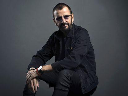 El cantante Ringo Starr posa en Nueva York, en 2016.
