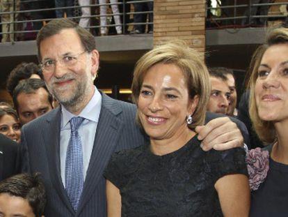 En la imagen Monago, Rajoy, la mujer de Monago y Cospedal.