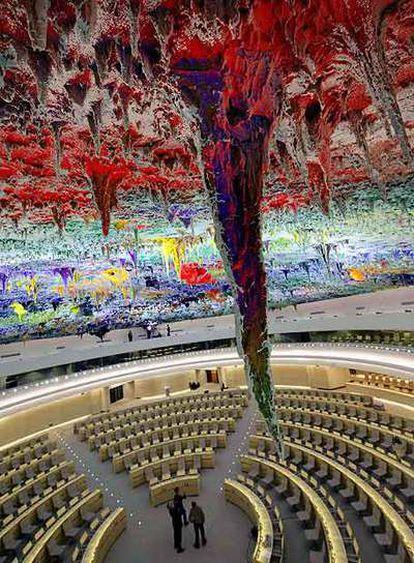 La sala de Derechos Humanos de la ONU, con la cúpula de Barceló, ayer en Ginebra.