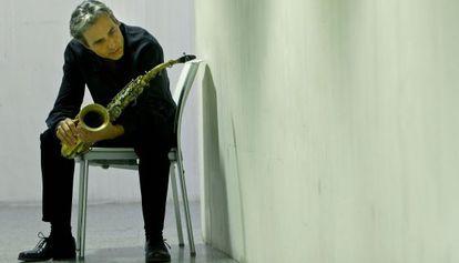 El saxofonista Perico Sambeat, director del homenaje a Mingus en el Jimmy Glass.