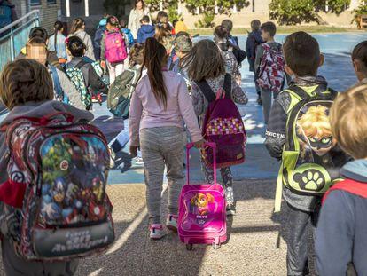 Niños en el colegio Vicente Blasco Ibáñez de Valencia.