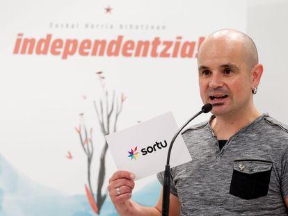 El portavoz y dirigente de Sortu, Haimar Altuna, en un acto celebrado este septiembre.