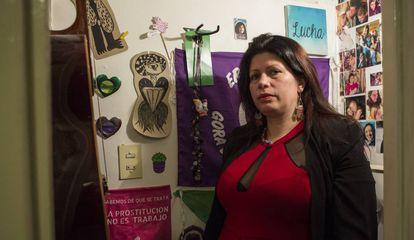 La escritora argentina Dolores Reyes, fotografiada antes de la entrevista en Buenos Aires.