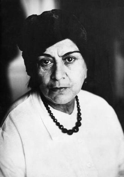 La poeta y dramaturga Else Lasker-Schüler, retratada hacia 1919.