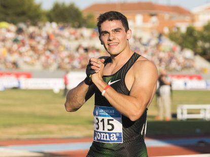Bruno Hortelano, tras ganar los 200m del campeonato de España.