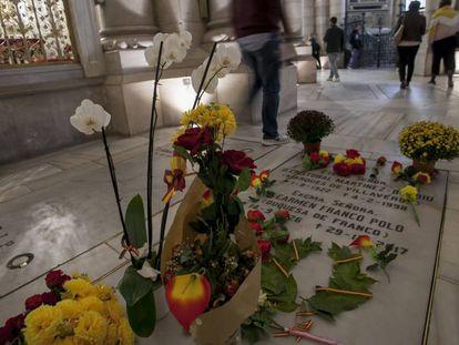 Cripta en La Almudena, donde la familia de Franco quiere enterrar a Franco.