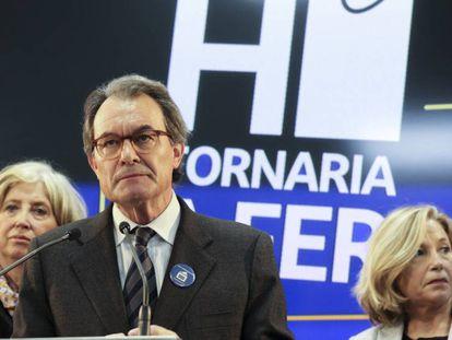 Artur Mas, tras conocer la inhabilitación junto a Rigau y Ortega.