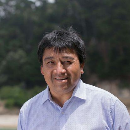 El político mapuche Adolfo Millabur en una imagen de su campaña.