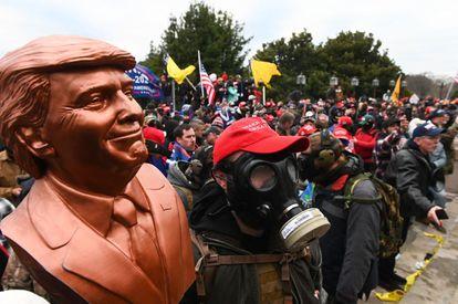 Partidarios de Trump, antes del asalto al Capitolio el 6 de enero de 2021.