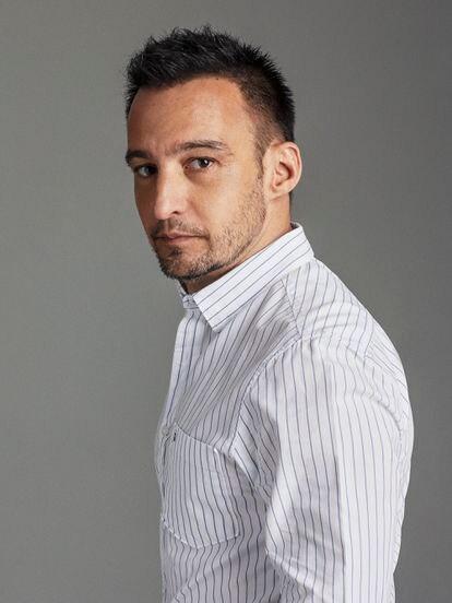 Alejandro Amenábar, director de películas como 'Tesis', 'Mar adentro' y 'Los otros', debuta con 'La Fortuna' en el campo de las series.