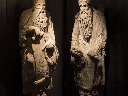 Esculturas de Abraham e Isaac, procedentes del Pórtico de la Gloria de la Catedral de Santiago, propiedad de la familia del dictador Francisco Franco.