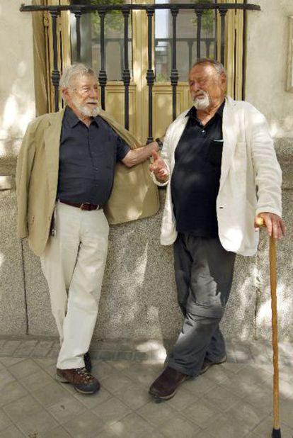 Los escritores Gary Snyder (izquierda) y Jim Harrison, en 2011.