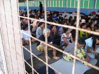 Mujeres retenidas en el centro de detención de inmigrantes de Semenyih, en Malasia.