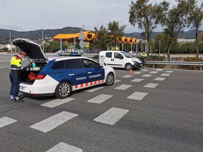 Control de tráfico de los Mossos d'Esquadra durante el estado de alarma por la crisis del coronavirus.