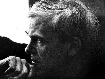 Milan Kundera, en un retrato tomado en 1985.