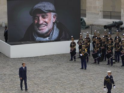 Emmanuel Macron, en la despedida nacional al actor Jean-Paul Belmondo.