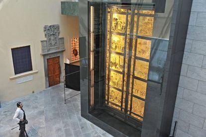 La puerta del Paraíso de Ghiberti ha sido presentada tras 27 años de restauración.