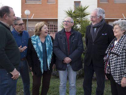 Miembros de la Asociación Abante Jubilar Sevilla planifican un proyecto de 'cohousing'.