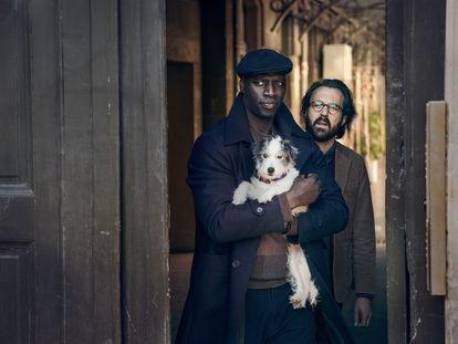 Omar Sy y Antoine Gouy, en la segunda parte de 'Lupin'.