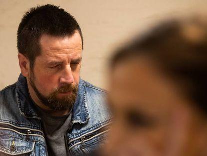 José Enrique Abuín Gey, 'El Chicle', hoy en el juicio por el asesinato de la joven Diana Quer. En vídeo, la defensa de 'El Chicle' dice que no hay pruebas de que violara a Quer.