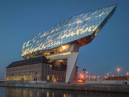 La ampliación del puerto de Amberes realizada por Zaha Hadid.