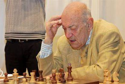 Víktor Korchnói, en 2009