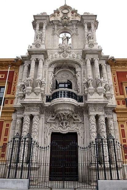 Entrada al palacio de San Telmo que sólo se usará de forma protocolaria. El acceso del personal de Presidencia será por un lateral.
