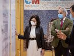 MADRID, 06/04/2021.-La presidenta de la Comunidad de Madrid, Isabel Díaz Ayuso, durante su visita al hospital universitario La Paz, cuya renovación integral ha sido aprobada por el Gobierno madrileño en el marco de su Plan de modernización de infraestructuras hospitalarias, acompañada por el consejero de Sanidad, Enrique Ruiz-Escudero.- EFE/Diego Sinova/COMUNIDAD DE MADRID/SOLO USO EDITORIAL/SOLO DISPONIBLE PARA ILUSTRAR LA NOTICIA QUE ACOMPAÑA (CRÉDITO OBLIGATORIO) -
