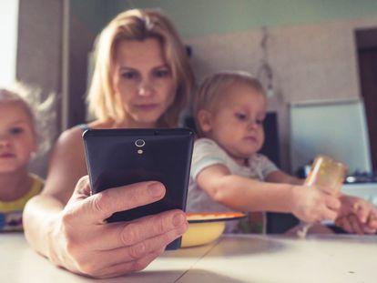 La maternidad es una cuestión de salud pública, así que, cuidemos a las madres.