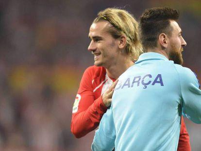 Messi y Griezmann, en el último Atlético-Barça en el Metropolitano. En vídeo: Declaraciones del entrenador del Barça, Ernesto Valverde.