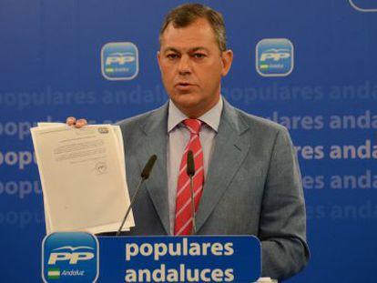 El secretario general del PP, José Luis Sanz, esta mañana.
