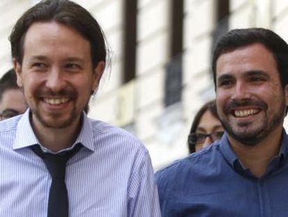 El líder de Podemos reta a Sánchez a consultar a las bases del PSOE con quién pactar