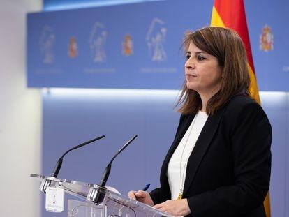 La portavoz del PSOE en el Congreso, Adriana Lastra, este martes tras la Junta de Portavoces.