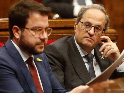 Aragonés y Torra, el pasado miércoles durante el pleno del Parlament.